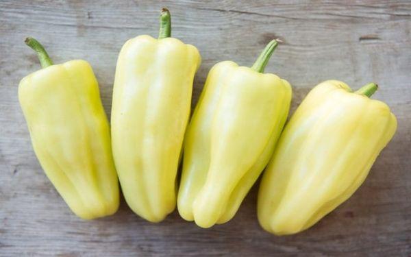 """Перец """"Белозерка"""": характеристики и описание сорта, урожайность, отзывы, фото"""