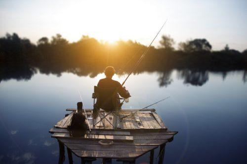 фото рыбака с удочкой